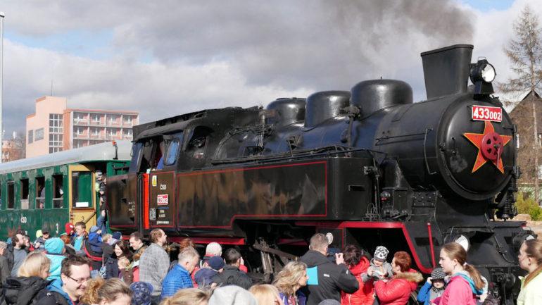 Historickým parním vlakem do Rožnova pod Radhoštěm